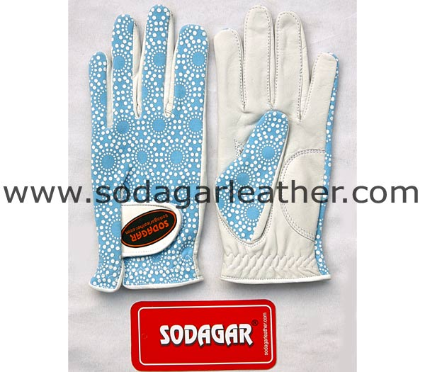 # 1643  GOLF GLOVES
