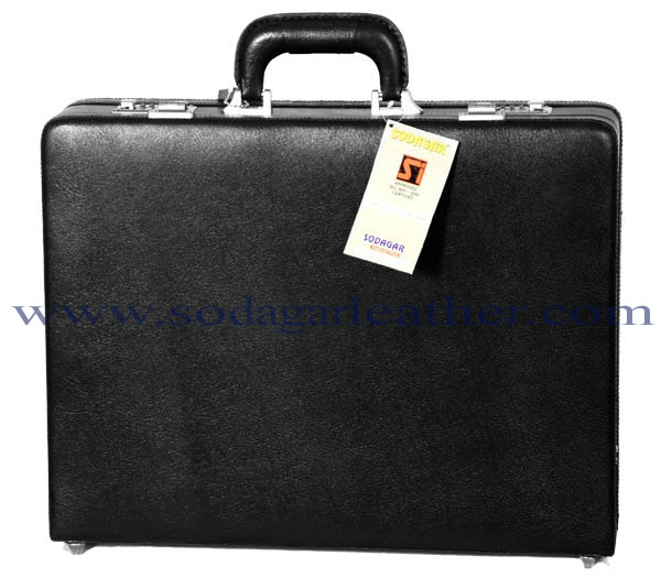# 802 BRIEF CASE